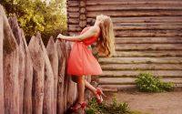 czerwona letnia sukienka