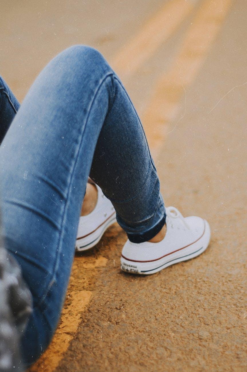 trampki do jeansow