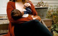 karmienie piersia niemowlaka